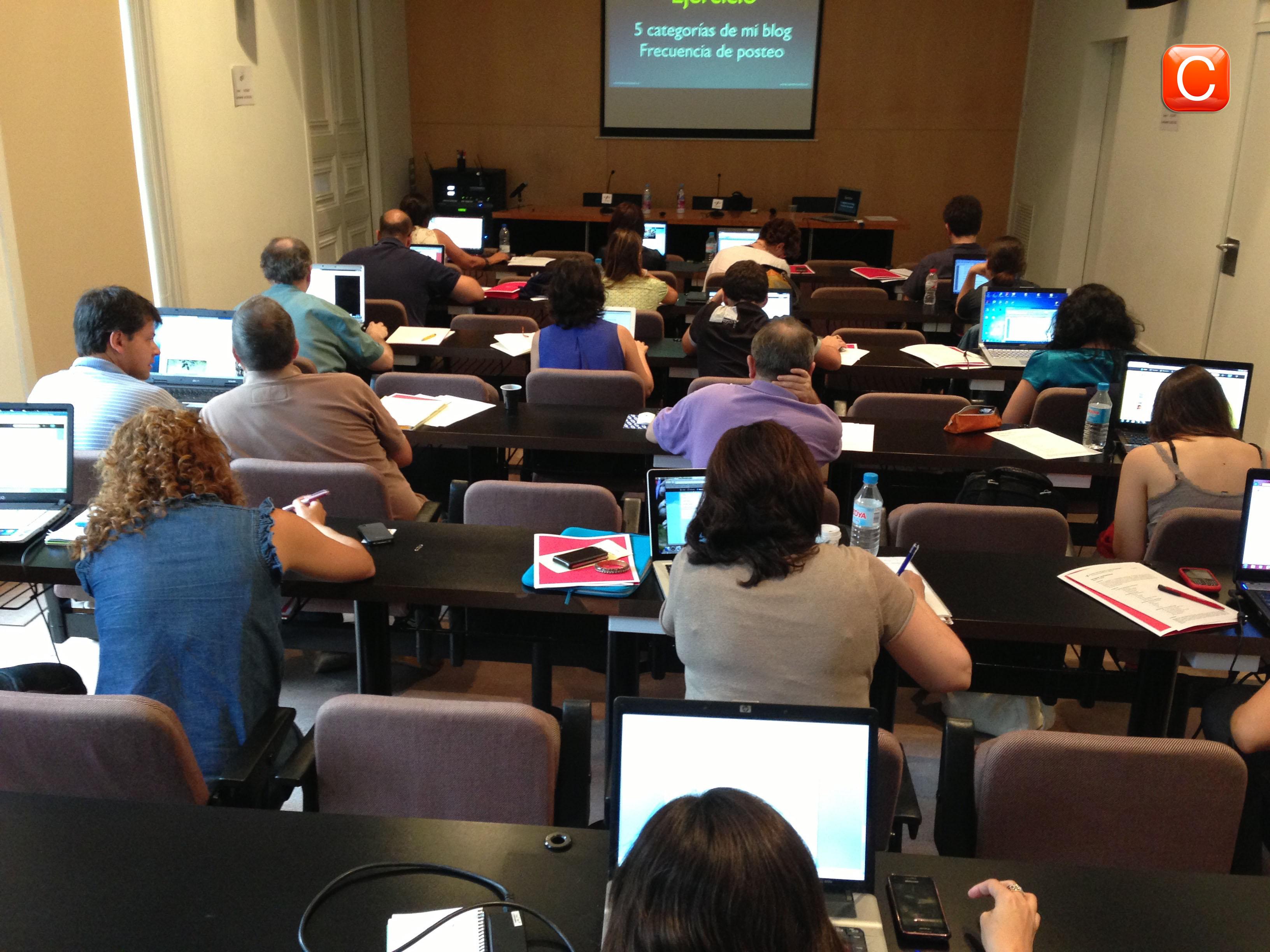 cursos redes sociales community internet the social media company